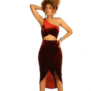 Burgundy Slit Front One shoulder Velvet Dress MED